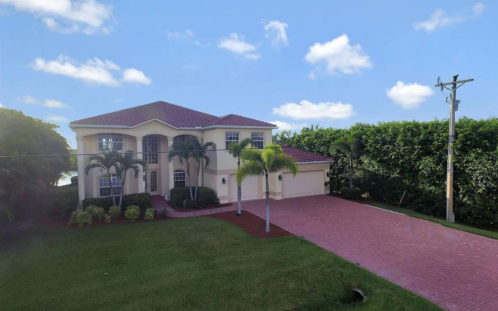 2968 Surfside Blvd, Cape Coral - House For Sale 635626865