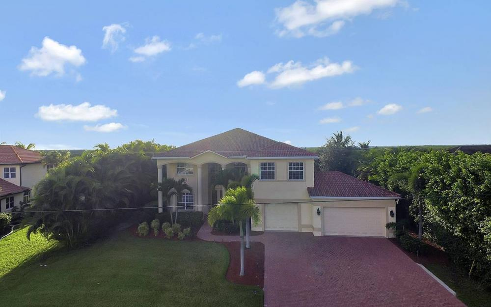 2968 Surfside Blvd, Cape Coral - House For Sale 614903318