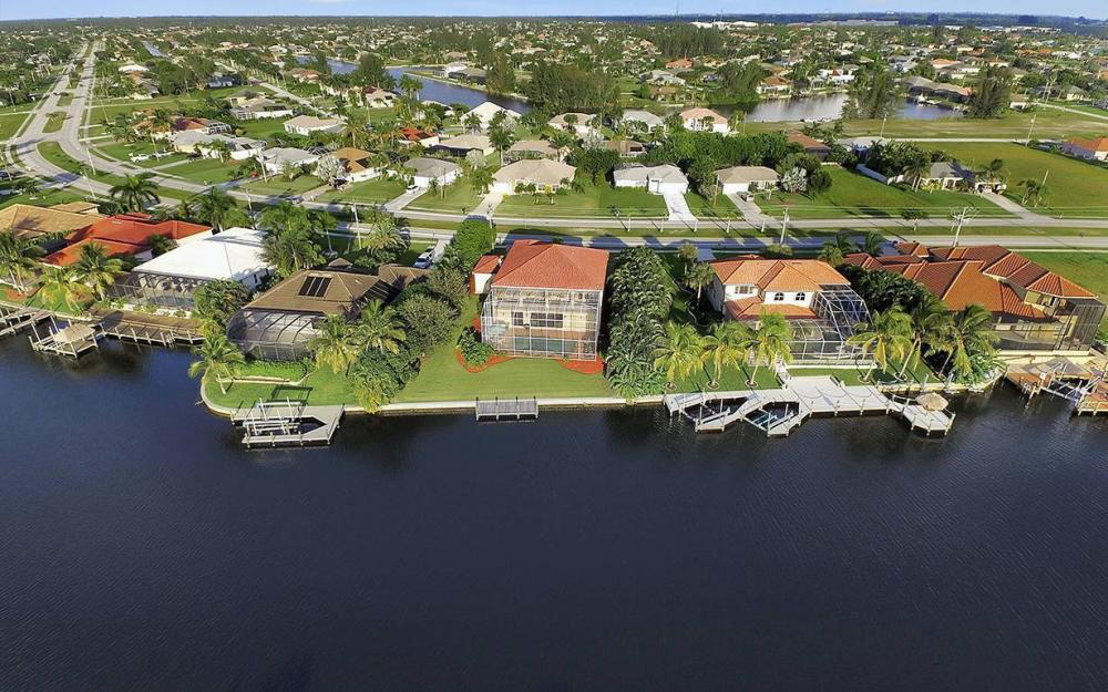 2968 Surfside Blvd, Cape Coral - House For Sale 467489639