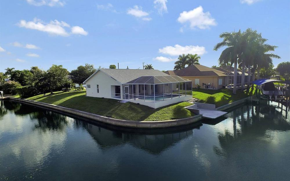 2511 SE 22nd Ct, Cape Coral - House For Sale 100968304