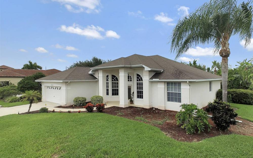 1923 Cape Coral Pkwy W, Cape Coral - House For Sale 1846198923