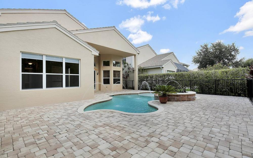 2366 Butterfly Palm Dr, Naples - House For Sale 1363751015