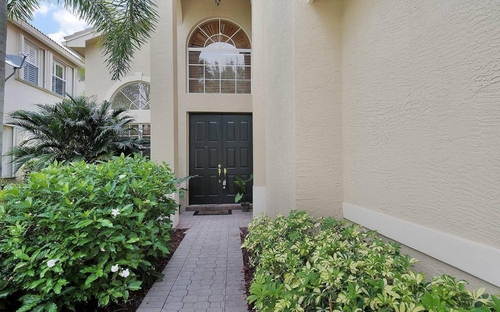 2366 Butterfly Palm Dr, Naples - House For Sale 700952344
