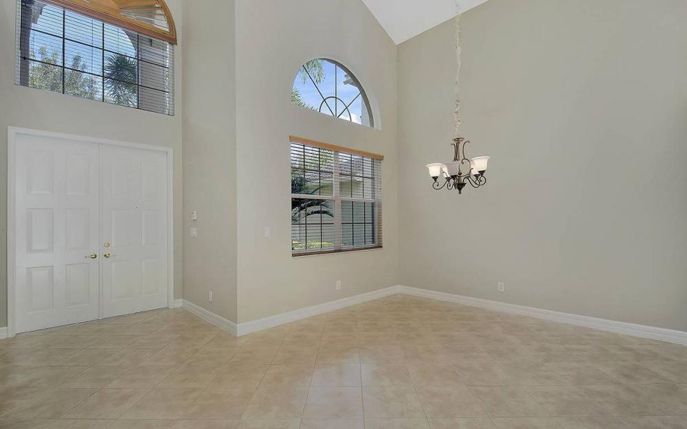 2366 Butterfly Palm Dr, Naples - House For Sale 94613475