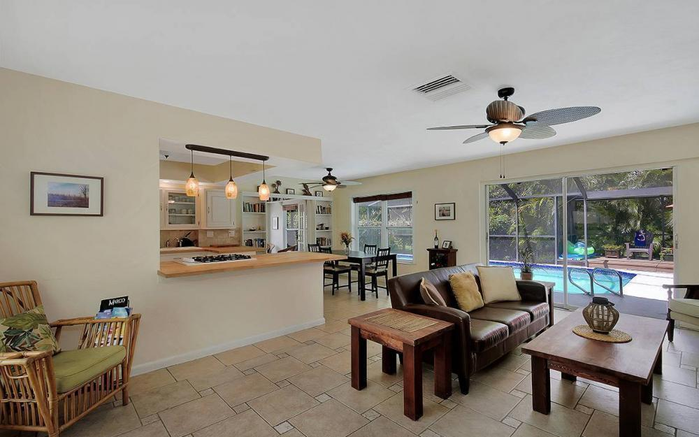 1260 Skylark Ave, Marco Island - House For Sale 32772158