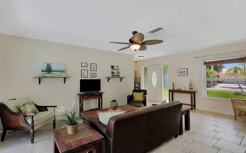 1260 Skylark Ave, Marco Island - House For Sale 1190810235