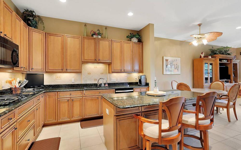 9917 Bellagio Ct, Ft.Myers - Home For Sale 1149060077