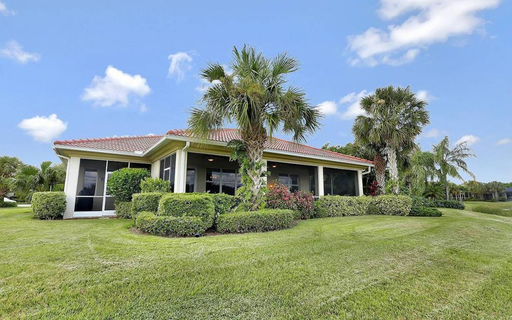 9917 Bellagio Ct, Ft.Myers - Home For Sale 556386140