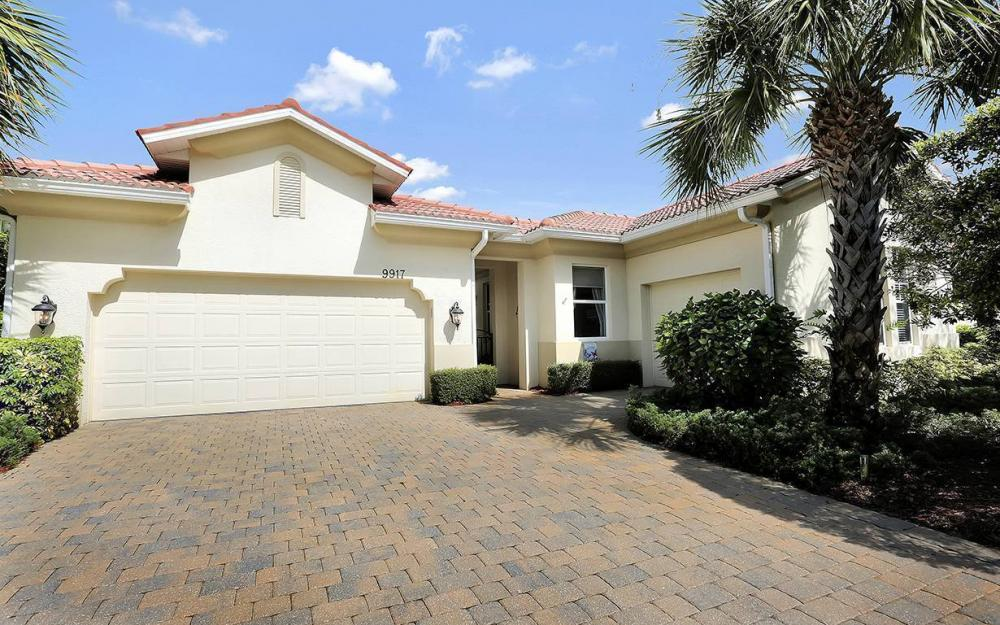 9917 Bellagio Ct, Ft.Myers - Home For Sale 292864325
