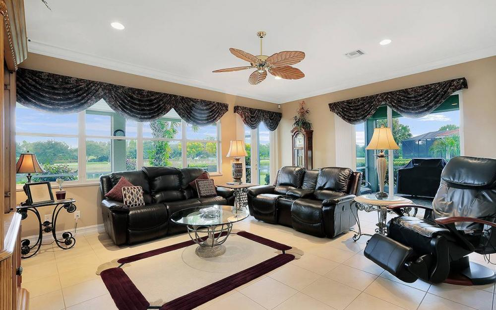 9917 Bellagio Ct, Ft.Myers - Home For Sale 1074758355
