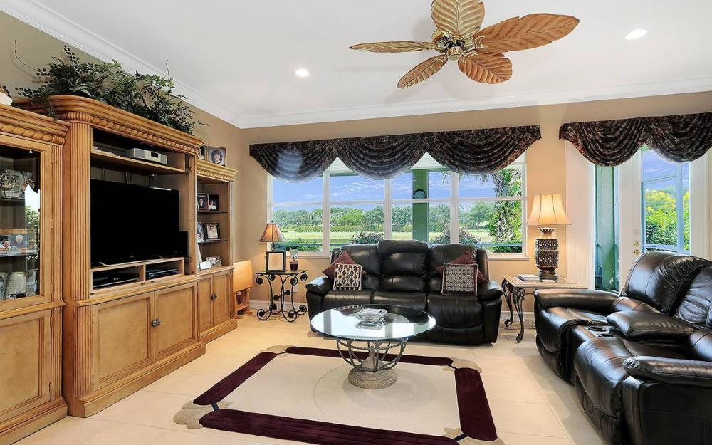 9917 Bellagio Ct, Ft.Myers - Home For Sale 539641649