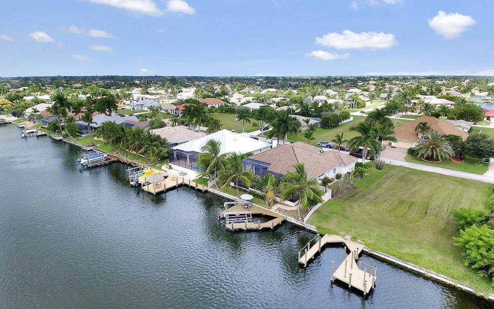 5228 SW 24th Pl, Cape Coral - Vacation Rental 406984099