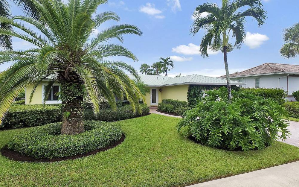 16 Buttercup Ct, Marco Island - House For Sale 2126881582