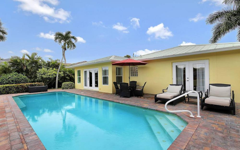 16 Buttercup Ct, Marco Island - House For Sale 437759287