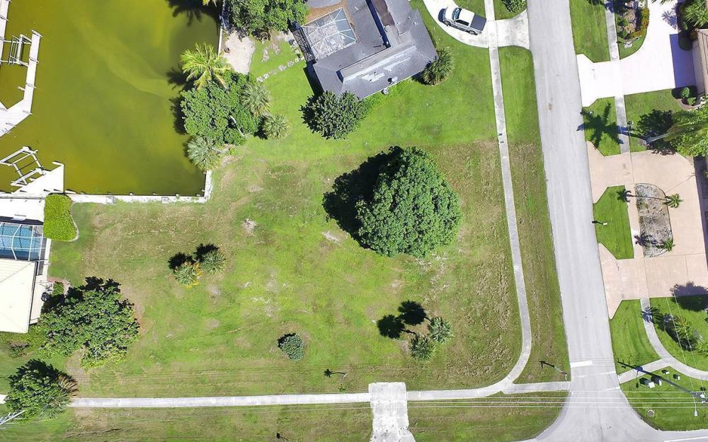 517 N Barfield Dr, Marco Island - Lot For Sale 121881556