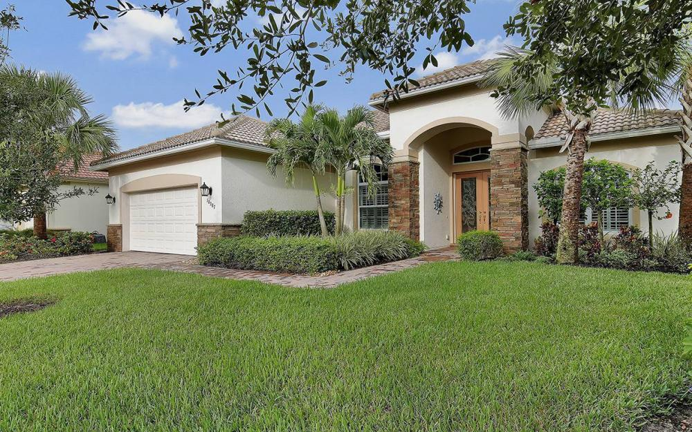 10387 Yorkstone Dr, Bonita Springs - House For Sale 22200094
