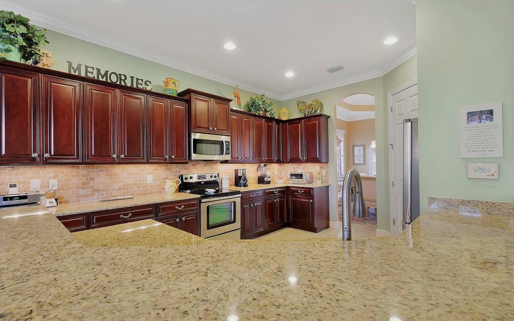 10387 Yorkstone Dr, Bonita Springs - House For Sale 698464951