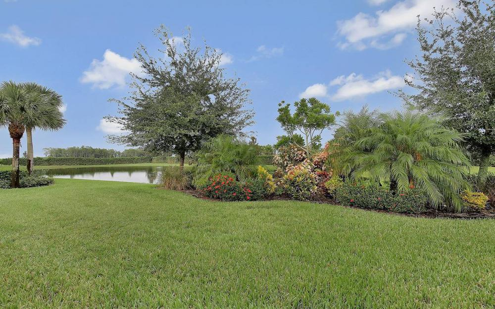 10387 Yorkstone Dr, Bonita Springs - House For Sale 414357835