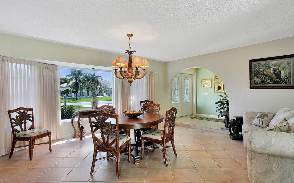 517 SW 51st Ter, Cape Coral - House For Sale 611118576