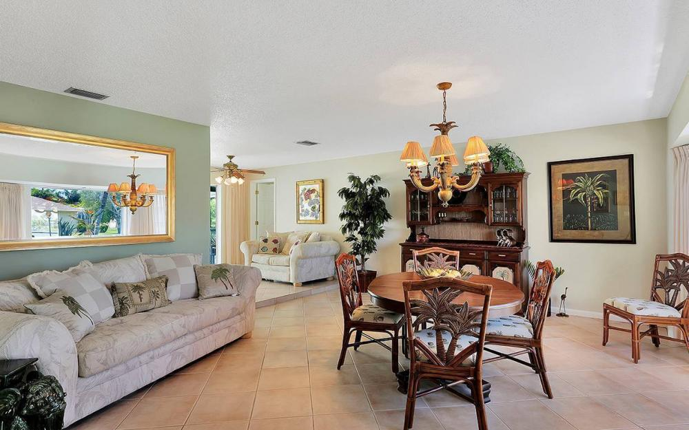 517 SW 51st Ter, Cape Coral - House For Sale 228611597