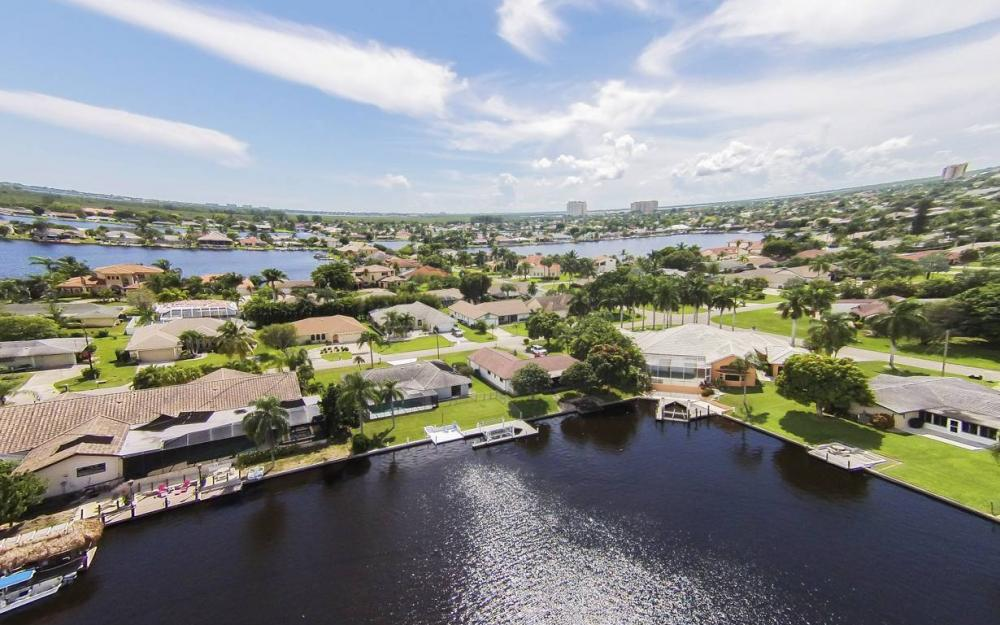 517 SW 51st Ter, Cape Coral - House For Sale 1123405651