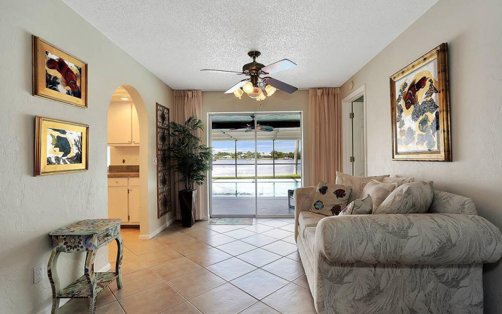 517 SW 51st Ter, Cape Coral - House For Sale 831974348