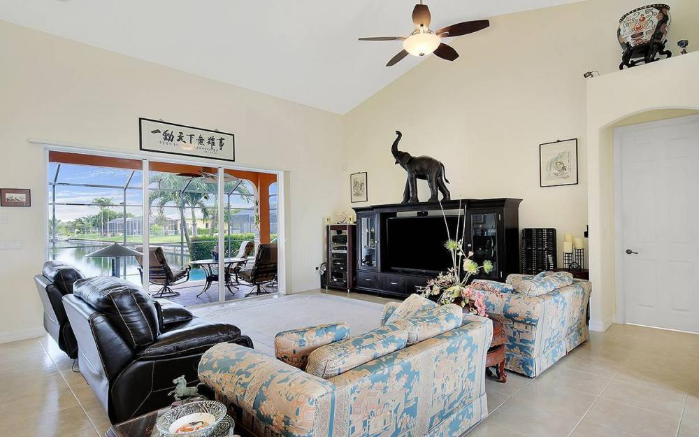 1505 SE 4th St, Cape Coral - House For Sale 2074394777