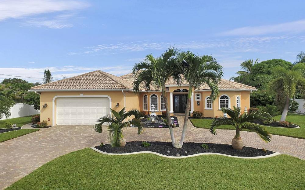 1505 SE 4th St, Cape Coral - House For Sale 1847071954