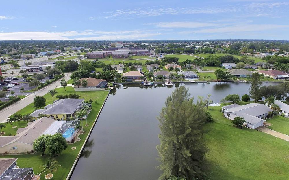 1505 SE 4th St, Cape Coral - House For Sale 1437224708