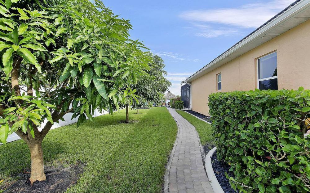 1505 SE 4th St, Cape Coral - House For Sale 750502096