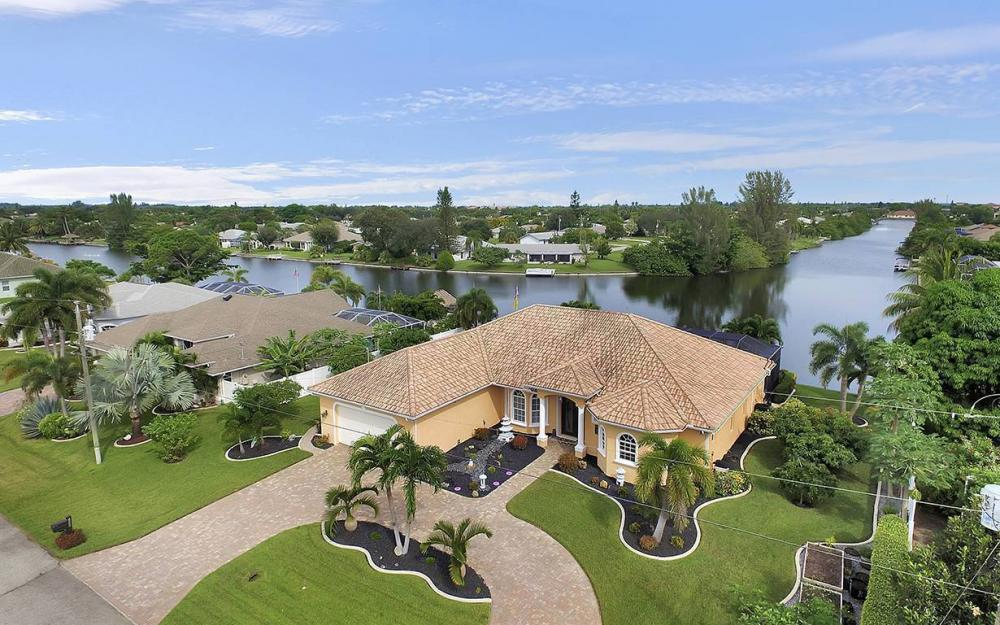 1505 SE 4th St, Cape Coral - House For Sale 1128457521