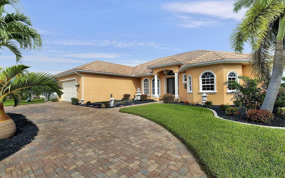 1505 SE 4th St, Cape Coral - House For Sale 1384494079