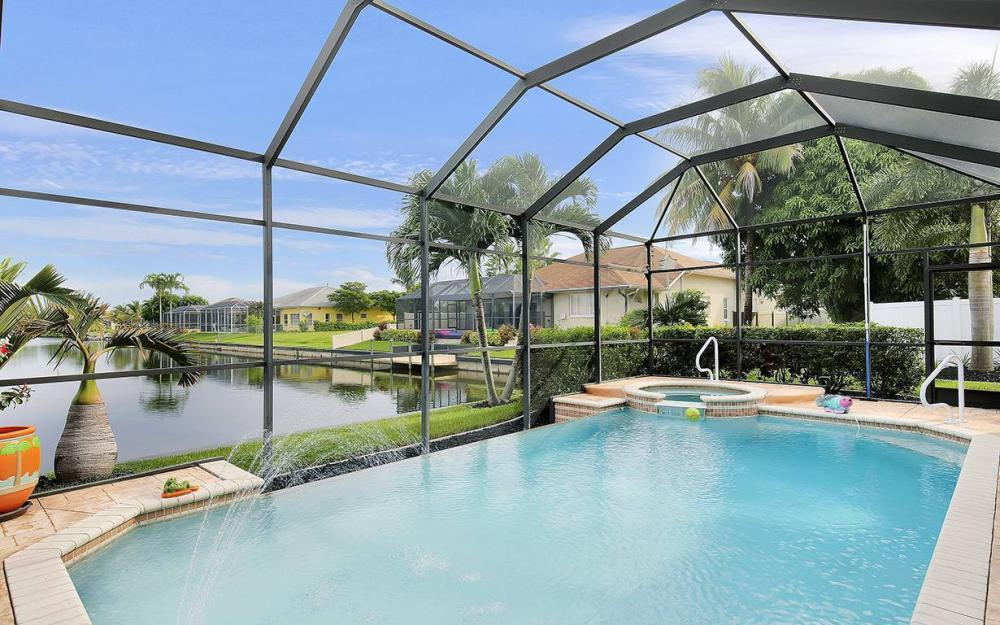 1505 SE 4th St, Cape Coral - House For Sale 620007385