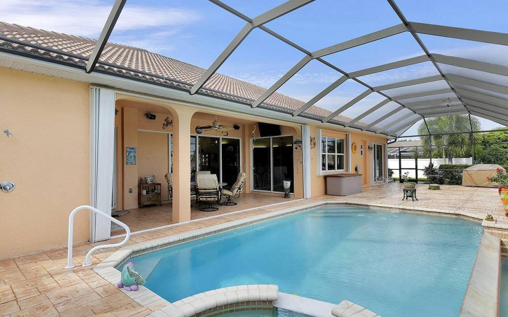 1505 SE 4th St, Cape Coral - House For Sale 91639240