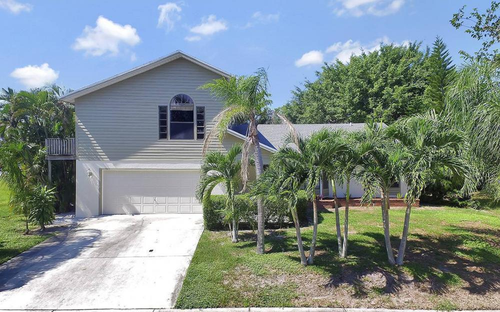 20 Covewood Ct, Marco Island - House For Sale 300779044