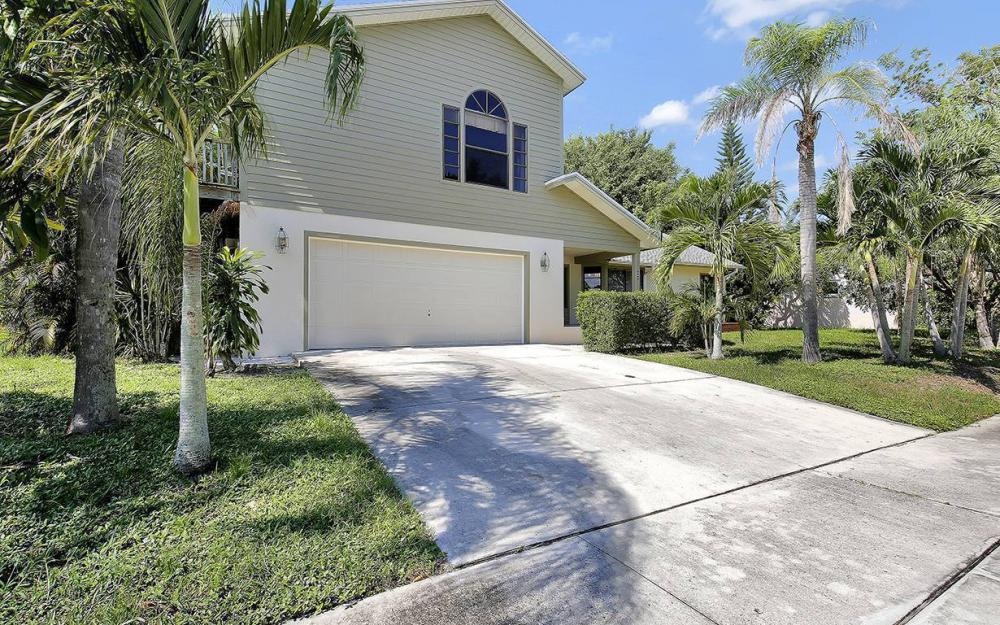 20 Covewood Ct, Marco Island - House For Sale 463668517