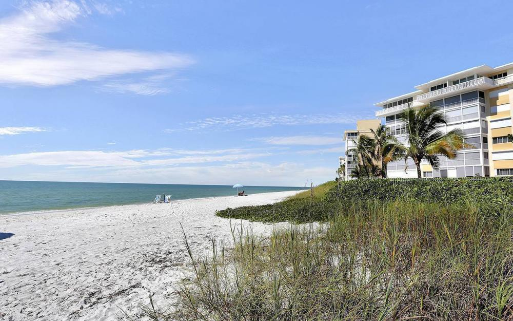 3400 Gulf Shore Blvd N #G-2, Naples - Condo For Sale 230704000