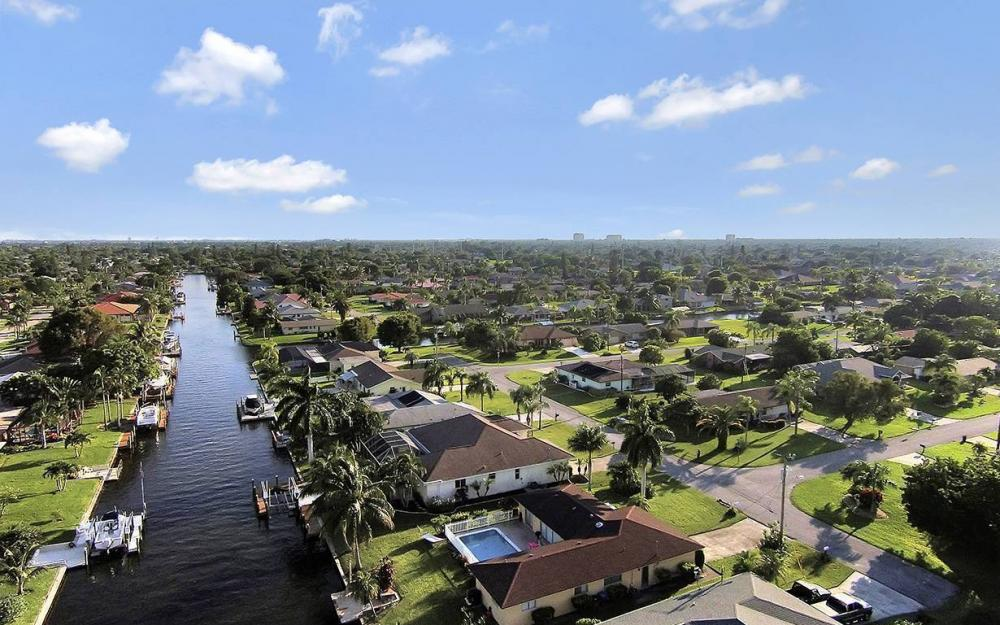 4009 SE 1st Ave, Cape Coral - House For Sale 830681716