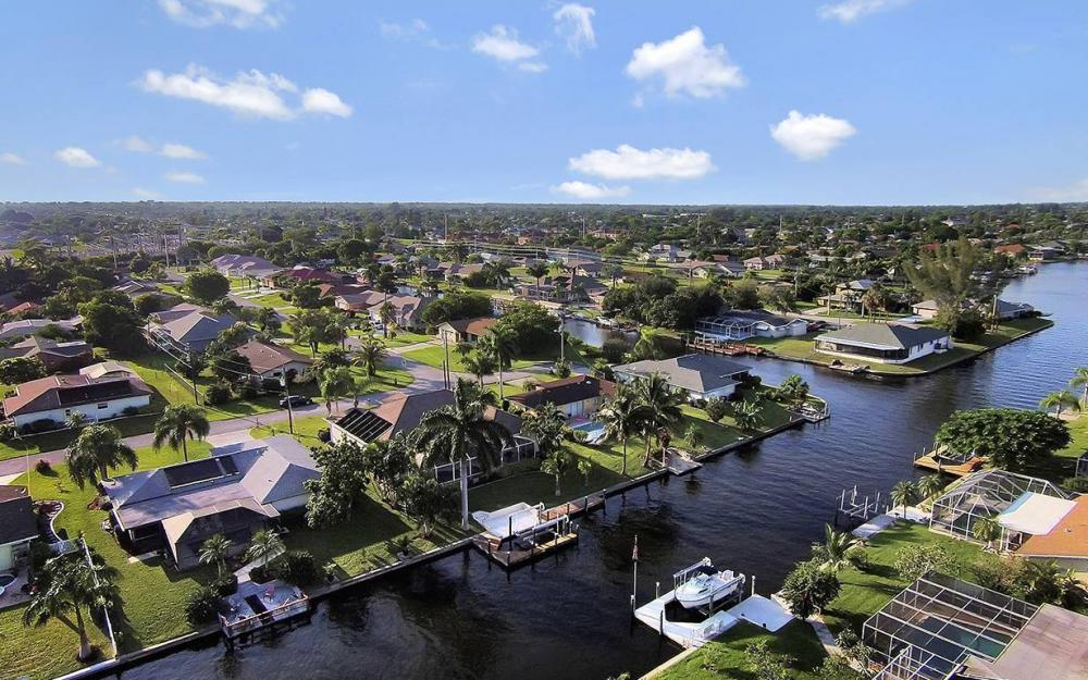 4009 SE 1st Ave, Cape Coral - House For Sale 1898540595