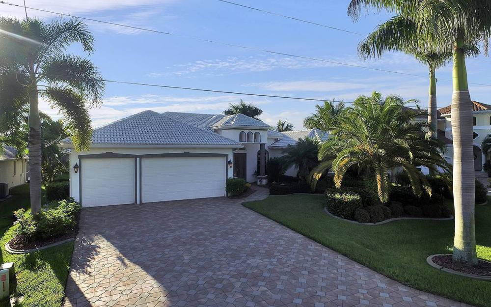 4908 SW 12th Pl, Cape Coral - House For Sale 260104825