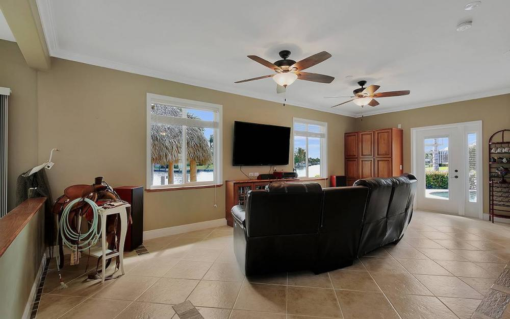 844 Milan Ct, Marco Island - House For Sale 930808969
