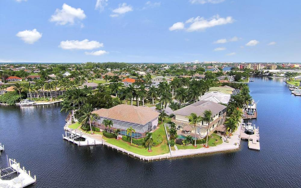 844 Milan Ct, Marco Island - House For Sale 425659809