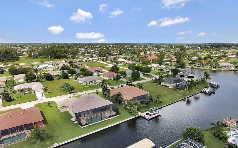 4517 SW 20th Ave, Cape Coral - House For Sale 444143857