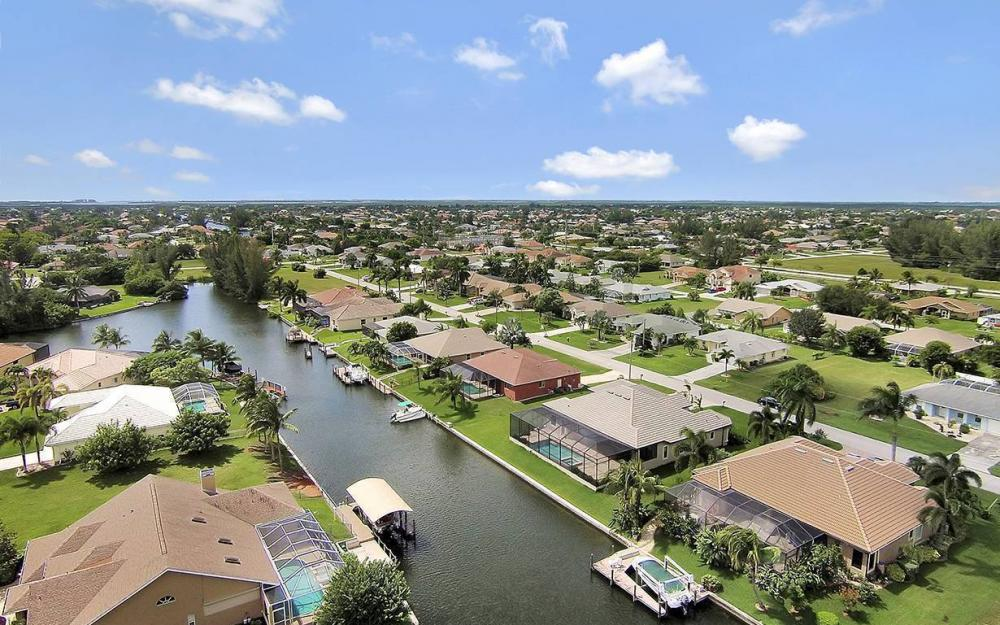 4517 SW 20th Ave, Cape Coral - House For Sale 105527055