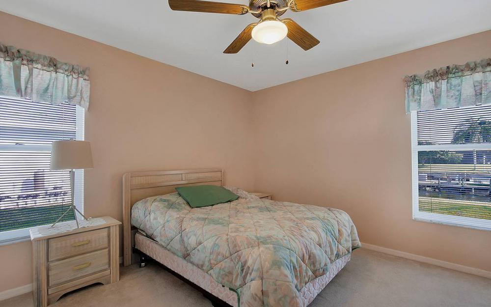 1030 SE 30th St, Cape Coral - House For Sale 1827101191