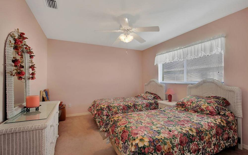 1030 SE 30th St, Cape Coral - House For Sale 467271605