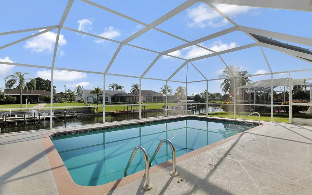 1030 SE 30th St, Cape Coral - House For Sale 794307534