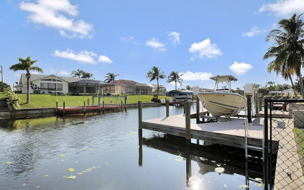 1030 SE 30th St, Cape Coral - House For Sale 842842895