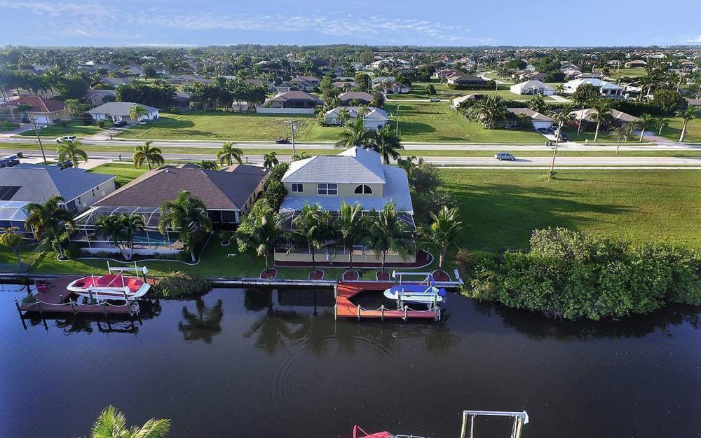 2616 Surfside Blvd, Cape Coral - House For Sale 612608270