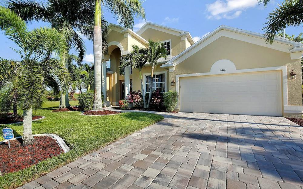 2616 Surfside Blvd, Cape Coral - House For Sale 1847398537